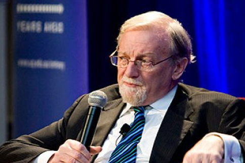 Mr. Gareth Evans in 2010 Annual Lecture